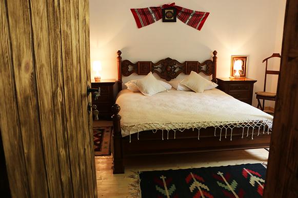 cabana izvoranu buzau camera 3 dormitoare